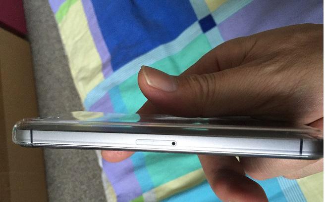 iPhone5S灰色16G,2.2万出,9成新