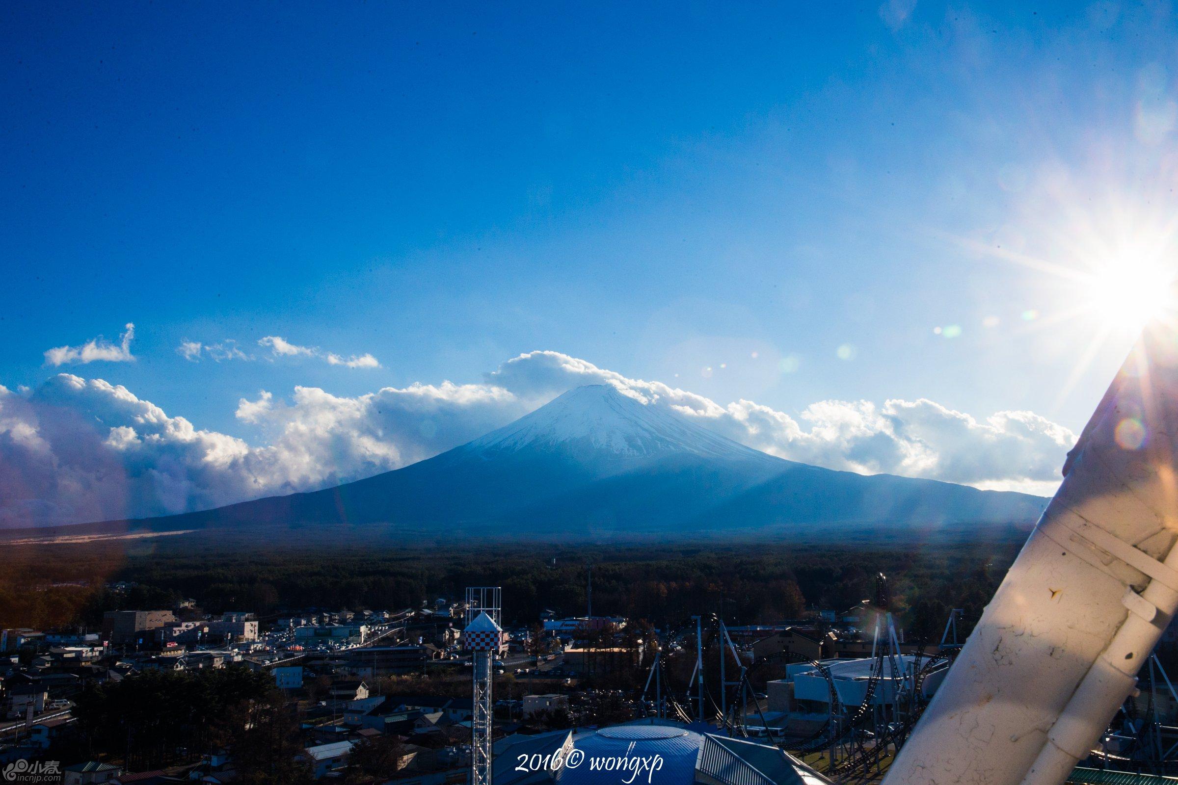 摩天轮上看富士山