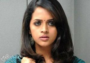 印度宝莱坞女星遭6名男子劫持轮奸