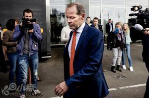 荷兰宣布老布林德下课 橙衣军团恐两度无缘大赛