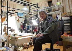 日本奶奶71岁学摄影 89岁办影展
