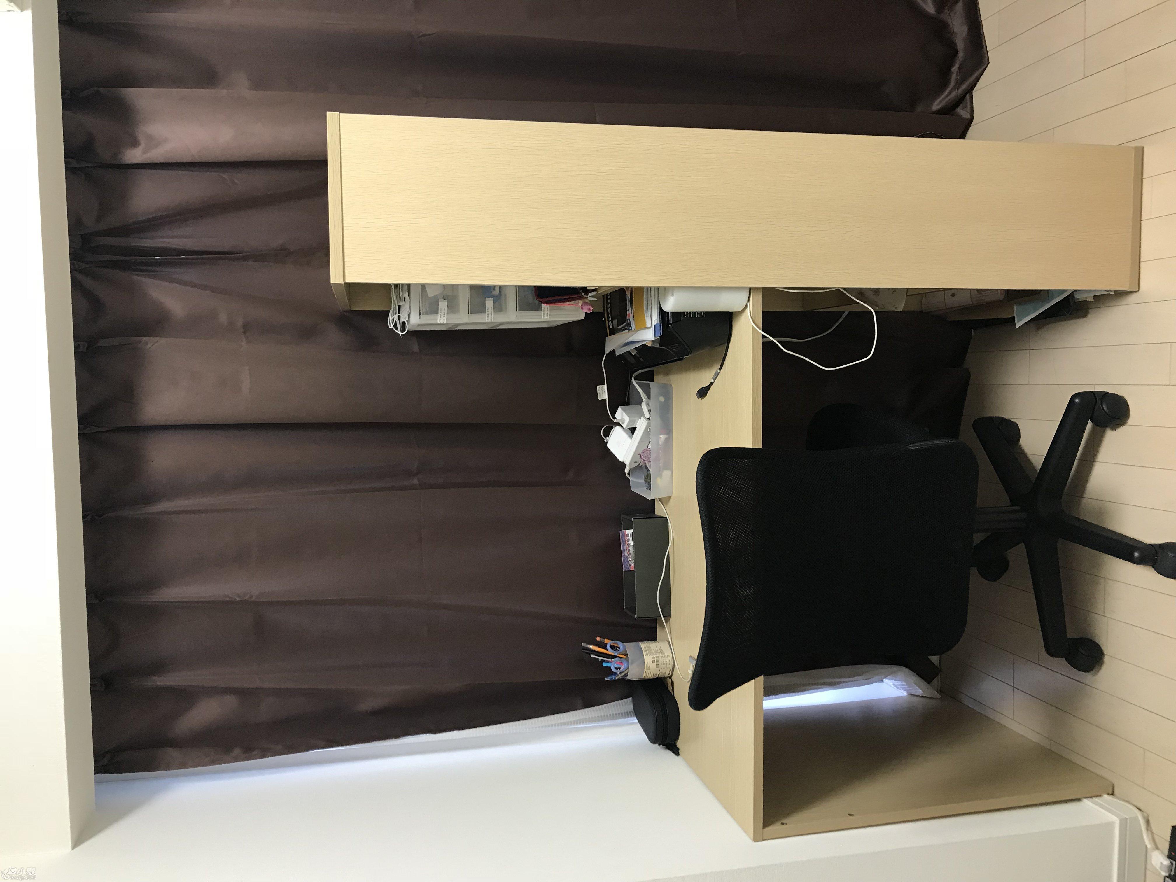 书桌+椅子 6000