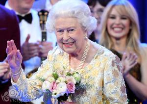 英国举行音乐会庆祝女王92岁生日