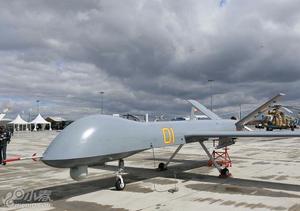 中国优势军贸装备亮相第五届防务展