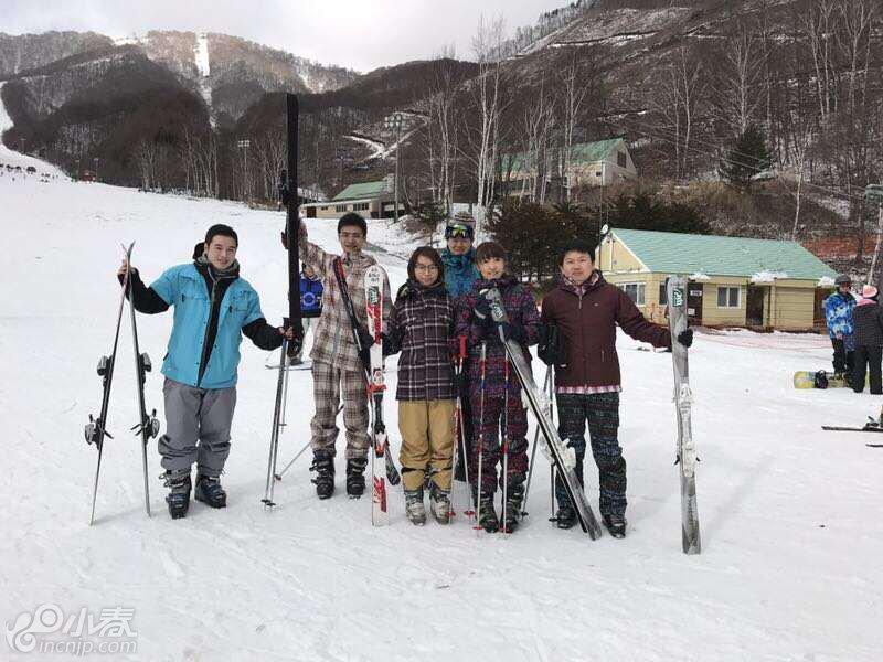 活动滑雪.jpg