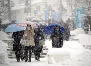 日本多地极寒暴雪天气已致1人死
