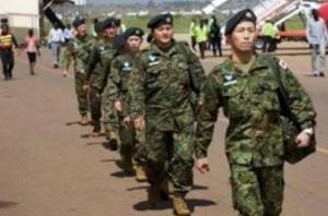 """日本自卫队""""准航母""""与美军航母进行联合训练"""