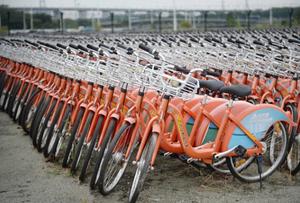 2万辆公共自行车停在广州大学城