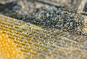 澳大利亚新版50澳元纸币上出现拼写错误