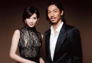 林志玲&日本男星AKIRA 公布婚讯