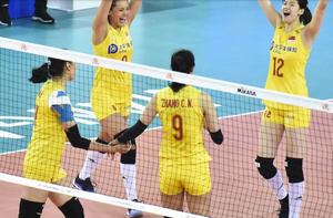 中国女排3-0完胜土耳其