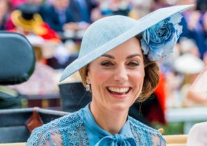 英国王室成员出席皇家赛马会