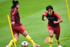 中国女足留守勒阿弗尔进行训练 静候淘汰赛对手