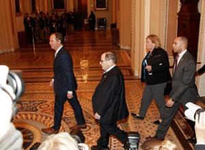 国会参议院开始正式审理特朗普弹劾案