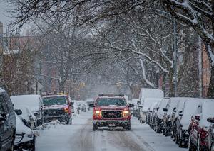 美暴雪低温天气致至少31人死亡