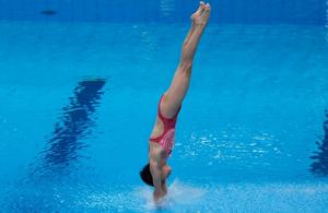 中国代表团年龄最小选手全红婵女子10米跳台夺金