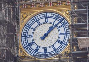 英国大本钟修复接近完工 普鲁士蓝再现