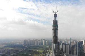 """""""成都第一高楼""""修建高度已突破400米"""
